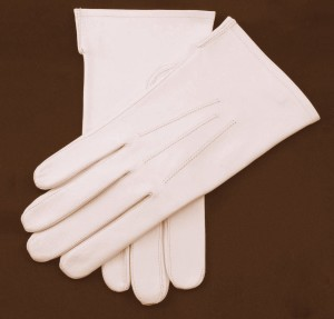 White Gloves presented to Mayor, 25 June 1915