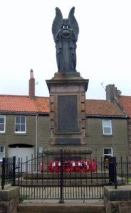 War Memorial, Castlegate, Berwick-upon-Tweed. © Copyright J Thomas - (cropped image) Creative Commons Licence 2.0 Generic (CC BY-SA 2.0).