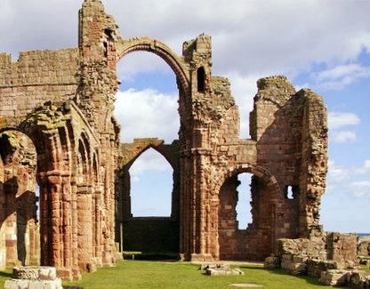 The Old Priory, Holy Island, Northumberland. © Christine Matthews - Creative Commons Attribution-ShareAlike 2.0 license.