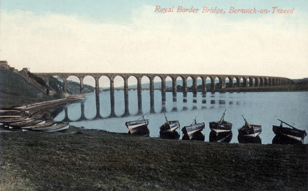 Royal Border Bridge ealry 1990s. © Berwick Record Office - BRO 515 377