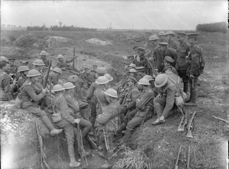 Northumberland Fusiliers at Thiepval Sept 1916 © Brooks, Ernest (Lt) - Imperial War Museum - IWM_Q_1349