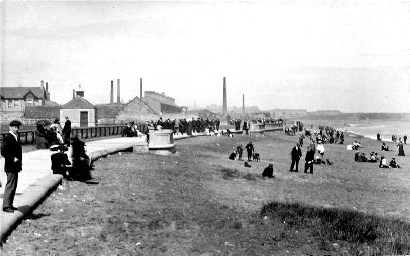 Very early 20th century photograph of Spittal Promenade, a similar scene Miss Ballantine from Selkirk, would have encountered on the day of her rescue. © Berwick Record Office.